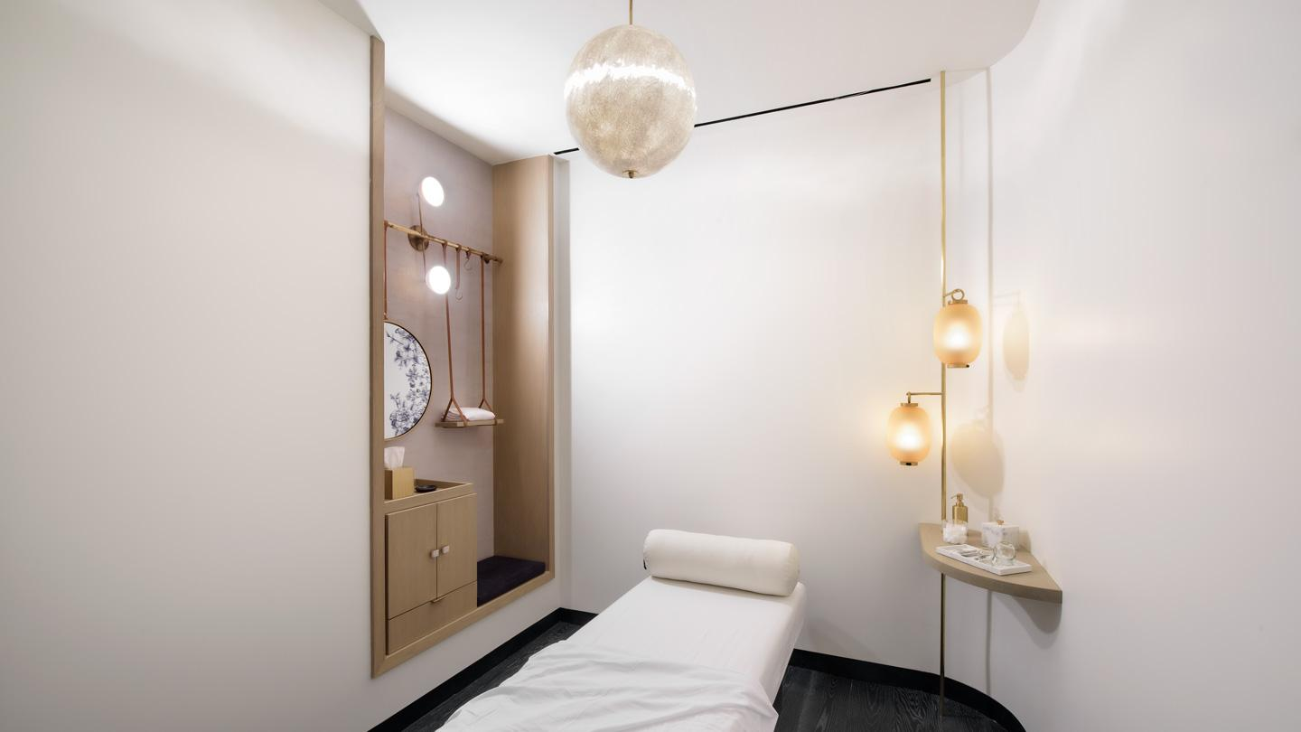 ORA's acupuncture treatment room designed by Rockwell Group.